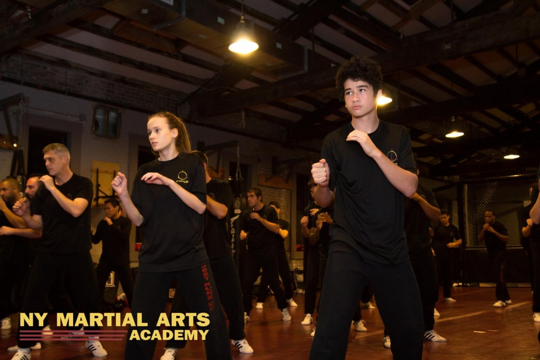 Jeet Kune Do neutral stance